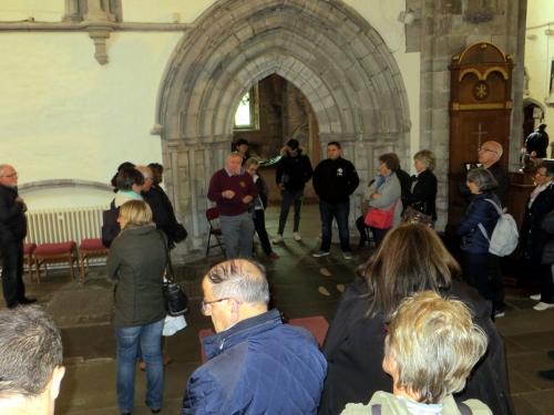 3 visite guidée de la cathédrale.JPG