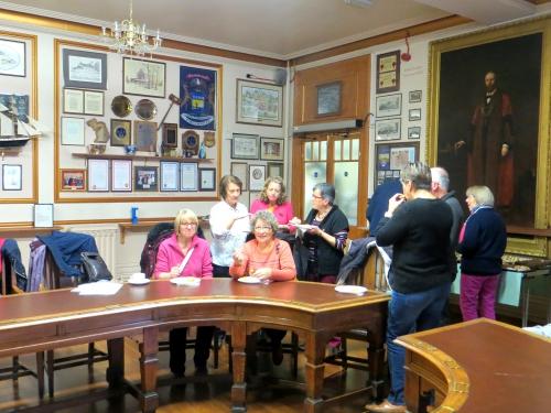 1 accueil puis réunion à la mairie de Brecon.JPG